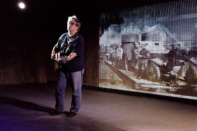 Композитор из Челябинска Владимир Батраков работает над музыкой для театральной постановки